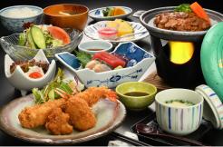 学生用夕食メニュー写真