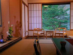 客室から眺める福島の山々